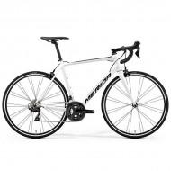 """Bicicleta MERIDA Scultura 400 28"""" alb/negru M/L (54 cm)"""
