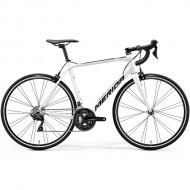 """Bicicleta MERIDA Scultura 400 28"""" alb/negru 20 M/L (54 cm)"""