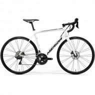 """Bicicleta MERIDA Scultura 400 Disc 28"""" alb/negru 20 L (56 cm)"""